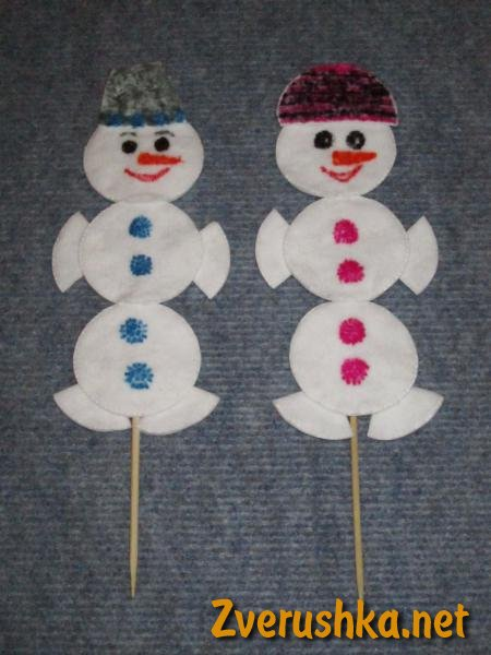 Новогодишен снежен човек