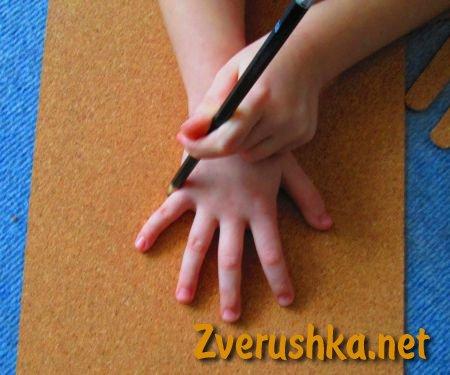 коледна украса от детски длани